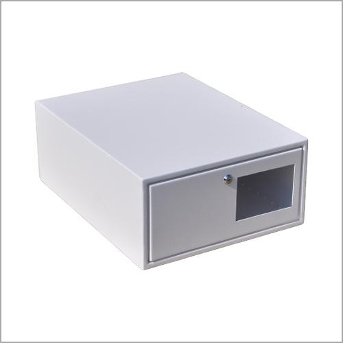 szafy i skrzynki teleinformatyczne