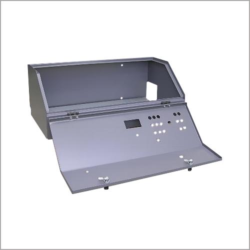 Obudowy pulpitów sterowniczych do maszyn i urządzeń stacjonarnych